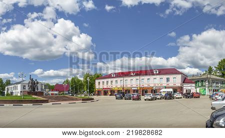 NIZHNY NOVGOROD, RUSSIA - June 9, 2017: Square of the October Revolution and a monument to the Three Communists in Semenov city. (The Semenov city is famous for Khokhloma painting)