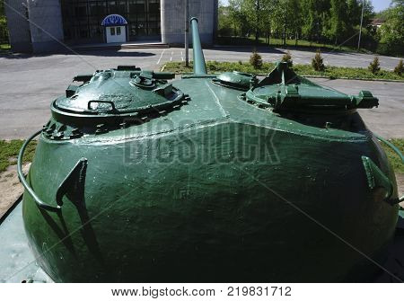 the upper part of the tank  retro tanks from second world war