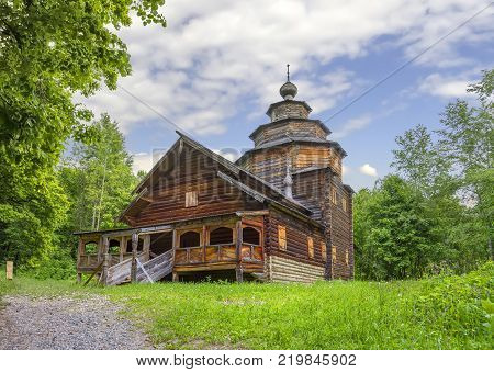 Nizhny Novgorod, Russia - June 10, 2017: The Intercession Church (or Pokrovskaya ) in the Museum of Wooden Architecture Shchelokovsky Khutor. (2)