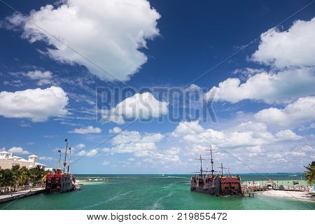 Cancun, Mexico - 12 February 2016: Captain Hook Pirate ship anchored at dock. Famous restaurant and show at Cancun