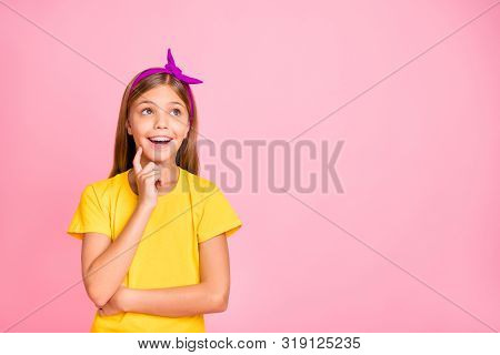 Close-up Portrait Of Her She Nice Attractive Pretty Winsome Cheerful Cheery Brainy Pre-teen Girl Sci