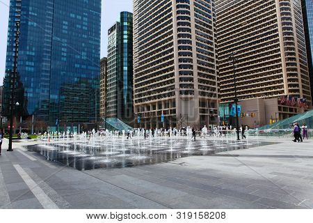 Philadelphia, Pennsylvania/united States - April 15: Fountains Outside Of City Hall, Philadelphia On