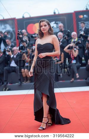 Barbara Palvin walks the red carpet ahead of the Opening Ceremony  during the 76th Venice Film Festival at Sala Grande on August 28, 2019 in Venice, Italy.