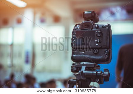 Production  Movie Video Concept : Professional Videographer Or Photographer Dslr Camera Shooting Tak