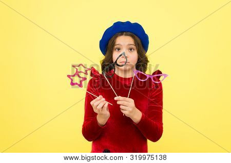 Party Paraphernalia. Lady In Preparing. Prepare For Party. Parisian Girl In French Beret. Autumn Fas
