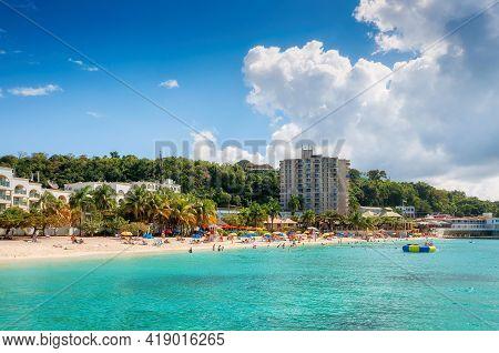 Jamaica Sunny Beach In Tropical Caribbean Island. Jamaica Beach In Montego Bay.