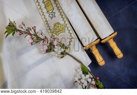 Day Of Jewish Holidays Symbols Prayer Shawl Tallit, Prayer Holy Torah Scroll