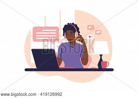 Concepts Ourselves Consulting, Job Online, Remove Job, Call Center. Operator African Girl With Compu