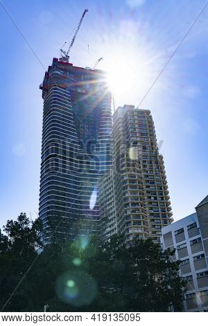 Surfer's Paradise Australia - April 24 2015;stunning High-rise Apartment Architecture On Gold Coast