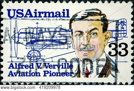 United States Of America - Circa 1985: A Stamp Printed In The Usa Shows Alfred V. Verville Circa 198