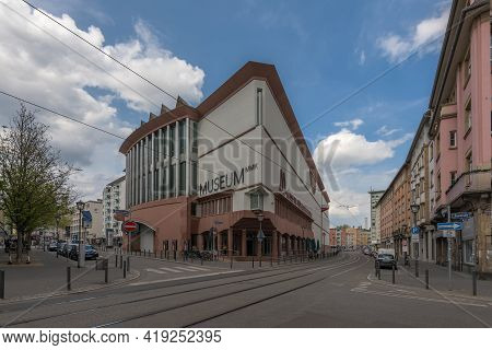 Frankfurt Am Main, Germany-may 03, 2021: Museum Of Modern Art, Mmk, Frankfurt Am Main, Germany
