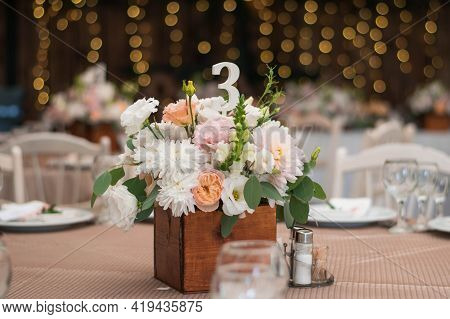Table Centerpiece With White And Peach Rustic Floral Arrangement In Wood Box. Rustic Wedding Table.