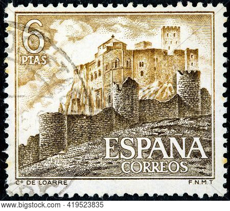 Spain - Circa 1967: A Stamp Printed In The Spain Shows Abbey Loarre Castle, In Huesca Aragon, Circa