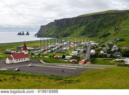 Vik, Iceland - August 1, 2017: The Small Resort Community Of Vik, Iceland, Lying On The Atlantic Oce