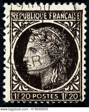 France - Circa 1945:  A Stamp Printed In France Shows Marianne - A French National Symbol, Circa 194