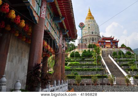 Kek Lok Si Chinese Buddhist Temple