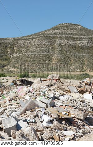 View of a landfill in nature.