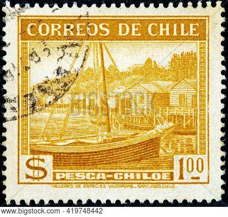 Chile - Circa 1938: A Stamp Printed In Chile Shows View Of Pesca Chiloe, Circa 1938