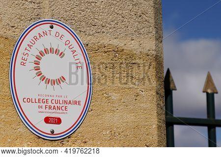 Bordeaux , Aquitaine France - 05 04 2021 : Restaurant De Qualite College Culinaire De France Logo Te