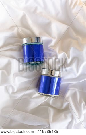 Aluminum Round Jar For Cosmetics. Metalic Cosmetic Bottles. Blank Mock Up Advertising Container With