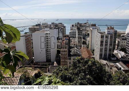 Salvador, Bahia / Brazil - March 23, 2013: View Of Buildings In The Bairro Do Comercio, Historic Cen