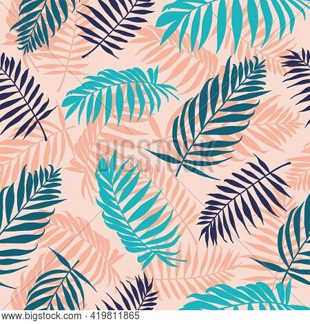 Palm Leaves Pattern. Tropical Tree Leaf, Floral Wallpaper Repeated Design. Summer Jungle Graphic Sea