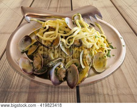 Plate Of Linguine With Clams Plate Of Linguine With Clams