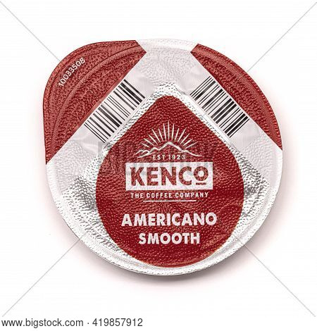 Swindon, Uk - May  9, 2021: Kenco Americano Smooth Coffee Pods On A White Background