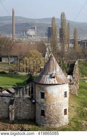Hunyadi Castle or Hunedoara Castle, Hunedoara County, Transylvania, Romania