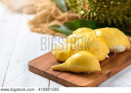 Chani Kai Durian Or Durio Zibthinus Murray On Wood Plate, Chani Kai Durian Have A Soft Texture, Swee