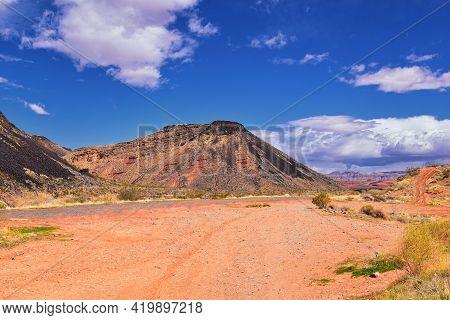 Shinob Kibe Hiking Trail Views, Mesa Overlooking Washington City By St George In Southwest Utah. Sac