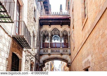 Bridge Of Sighs (pont Dels Sospirs) In Gothic Quarter, Barcelona, Spain
