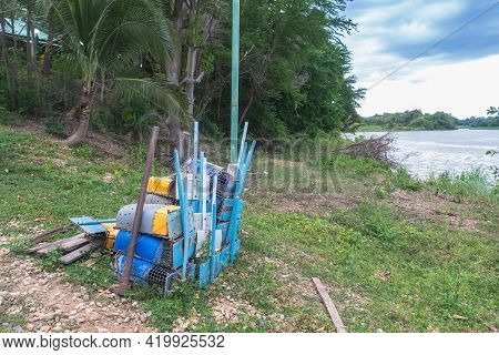 Materials That Can Be Easily Found By Local Villagers Use It To Make Shrimp Traps For Their Liveliho