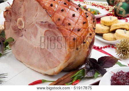 Roasted Spiced Ham