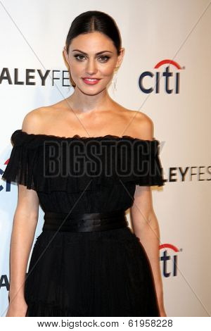 LOS ANGELES - MAR 22:  Phoebe Tonkin at the PaleyFEST 2014 -