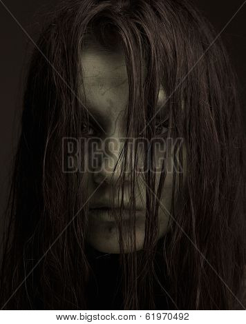 Ugly Horror Girl