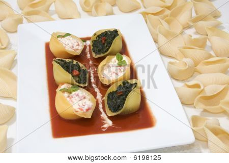 Conchiglioni Pasta Stuffed