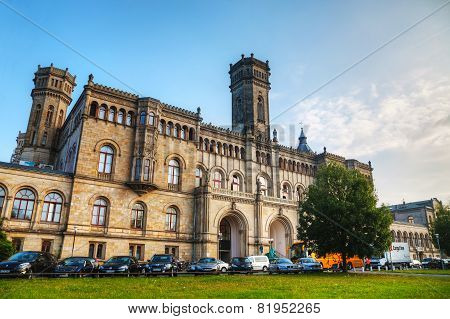 The University Of Hannover Building