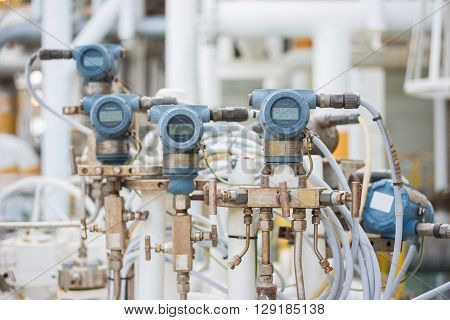 pressure transmiter in oil and gas platform for monitor and control pressure