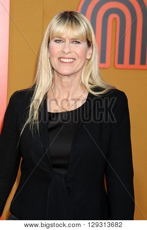 LOS ANGELES - MAY 10:  Terri Irwin at the The Nice Guys Premiere at the TCL Chinese Theater IMAX on May 10, 2016 in Los Angeles, CA