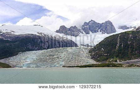 The Pia Tidewater Glacier and Dramatic Peaks in Tierra del Fuego