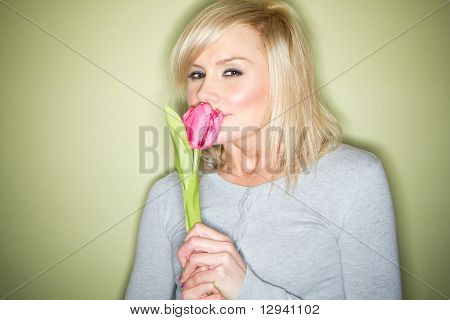 Blonde with tulip