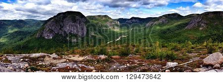 Picture taken from top of La Chouenne, in Parc National des Grands-jardins<Quebec,Canada.