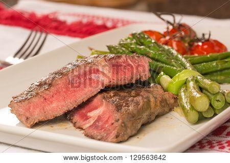 Grilled Beef Tenderloin With Vegetables