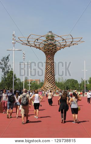 MILAN, ITALY - JUNE 29 1015: people walking to Albero della Vita at Expo 2015 in Milan symbol of Italy at the exhibition