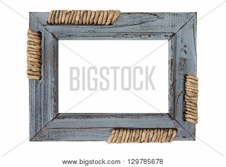 The frame is made of wood and rope elements