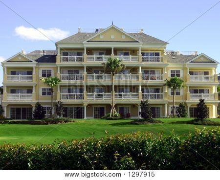 Colonial Yellow Resort Hotel