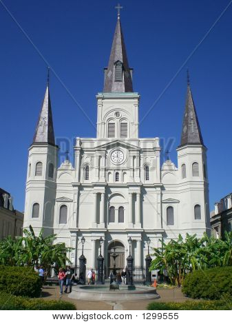 st. louis cathedral new orleans from