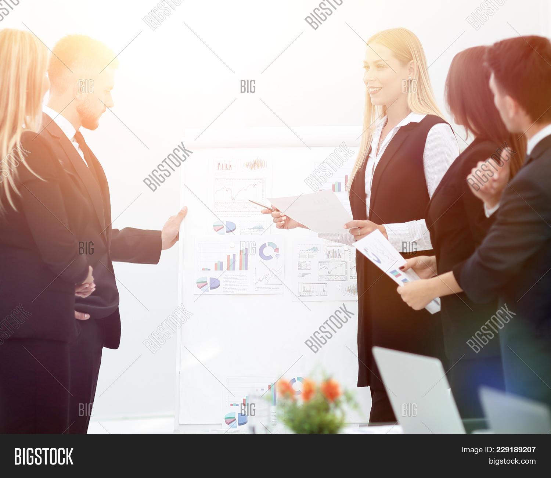 Brainstorming Presentation Business People Powerpoint Template