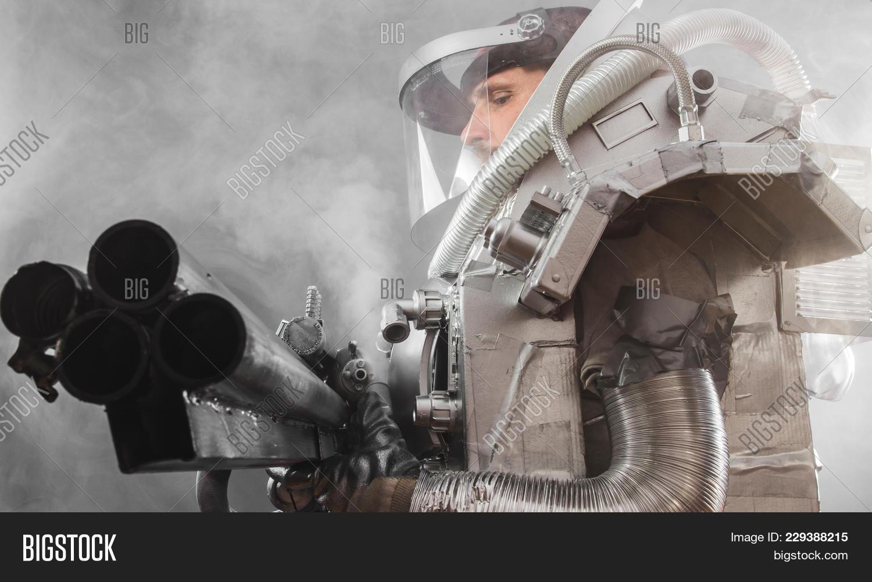 gravity astronaut powerpoint template gravity astronaut powerpoint